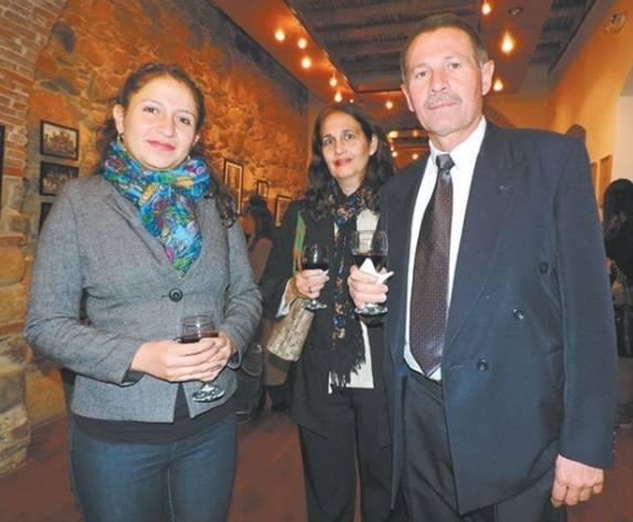 Jorge Luis  Gomez  Espia Cubano Embajadora De Bolivia En Cuba Y Judith Saenz