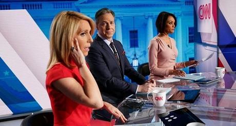 Sondeo estadounidenses desconfian de los medios