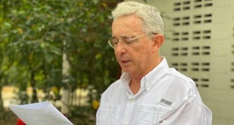 liberacion de Uribe gana la libertad pierde el socialismo