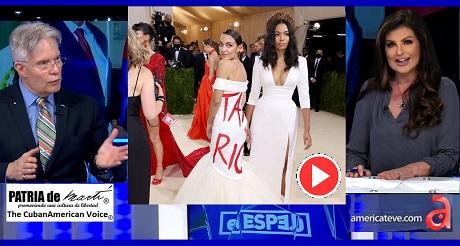 Congresista Ocasio Cortez genera polemica con politico vestido en Gala Met