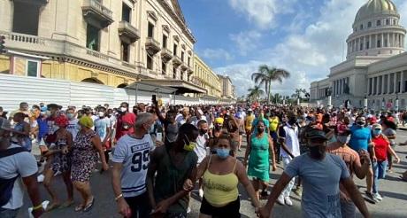 Cuba en transito victorioso hacia un nuevo dia